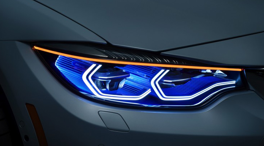 "BMW M4 CONCEPT ""Iconic Lights"""